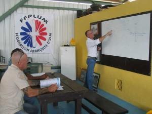 Instruction théorique ULM avec les ailes hydro de Montsinéry